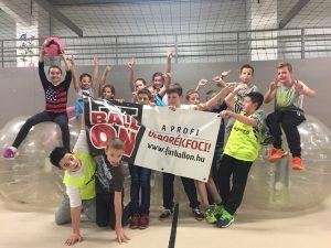 buborékfoci program gyerekzsúr születésnap iskola osztály ötlet