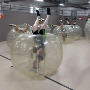 buborékfoci legénybúcsú program ötlet csapatépítés